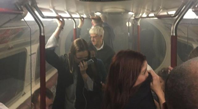 Londrada metro istasyonunda yangın