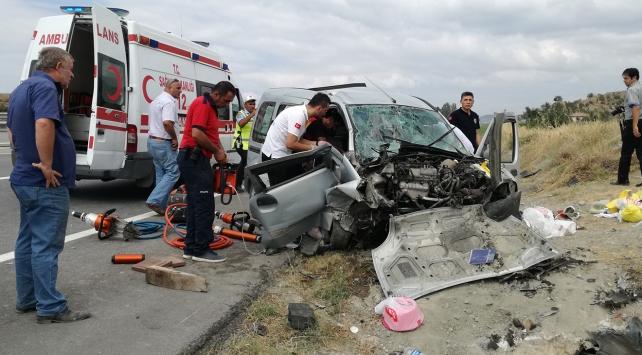 Kazada bir aile yok oldu!