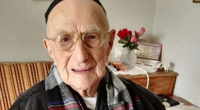 Dünyanın en yaşlı erkeği 113 yaşında hayatını kaybetti