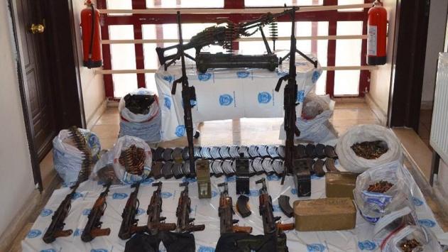 DEAŞ operasyonlarında 10 şüpheli gözaltına alındı
