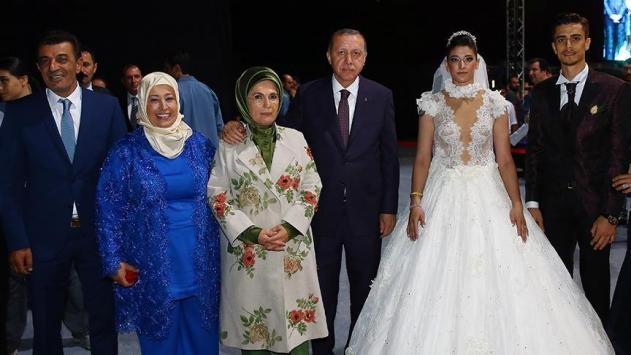 Cumhurbaşkanı Erdoğan tekvandocu Askarinin düğününe katıldı