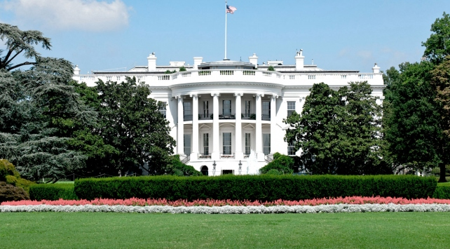 Trumpın eski İletişim Direktöründen şok iddia