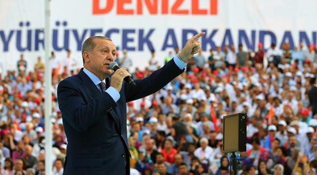 Sen kimsin ki Türkiyenin Cumhurbaşkanına konuşuyorsun