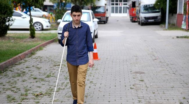 Görme engelli Aydın, azmi ve çalışkanlığıyla örnek oluyor