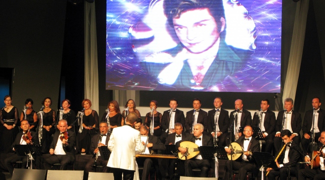Bodrumda Zeki Müreni anma konseri düzenlendi