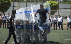 Çevik kuvvet polisinden özel güvenliğe eğitim