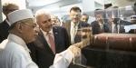 Başbakan Yıldırımdan Singapurda tarihi camiye ziyaret