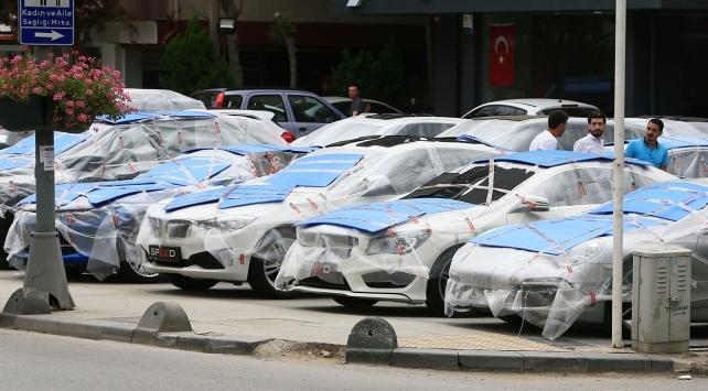 İstanbulda vatandaşlardan doluya karşı önlemler