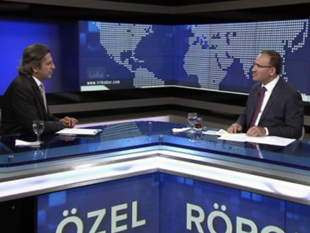 Başbakan Yardımcısı Bozdağ, TRT Haberin özel yayın konuğu oldu