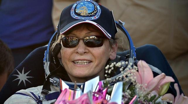 Kadın astronot Whitson, dünyaya rekorlarla döndü