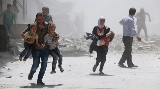 Esed rejimi Şamda pazar yerini vurdu