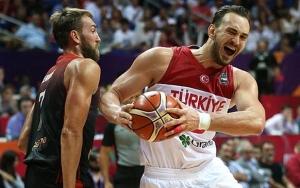 A Milli Erkek Basketbol Takımı son 16 turuna kalmayı garantiledi