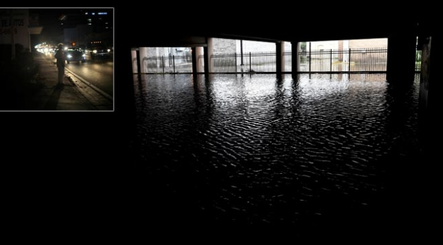 Kasırganın vurduğu Florida karanlığa gömüldü