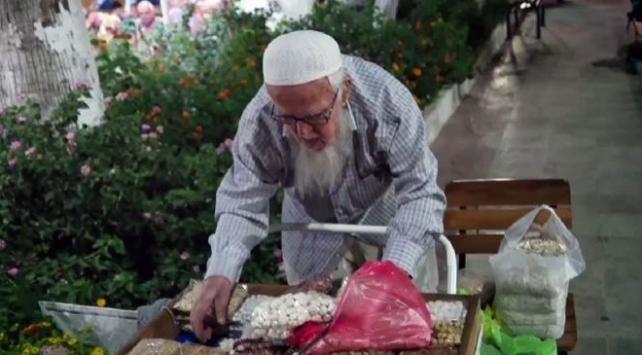 Altınolukun 92 yaşındaki Çerezci Dedesi