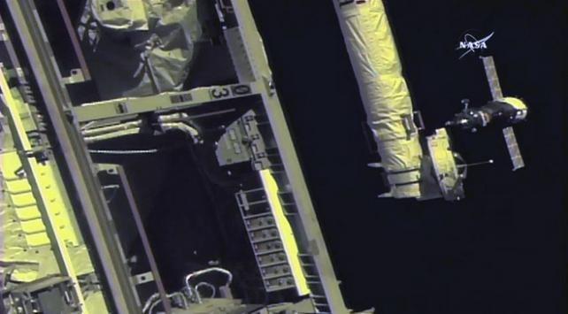Yeni ekip Uluslararası Uzay İstasyonuna ulaştı