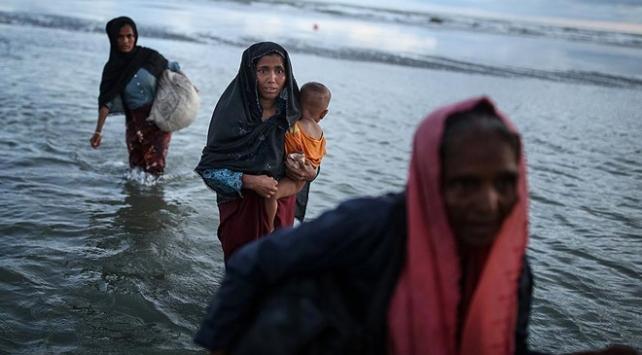 Bangladeşe sığınan Arakanlı Müslüman sayısı 400 bine yaklaştı
