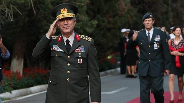 Genelkurmay Başkanı Orgeneral Akar Arnavutlukta