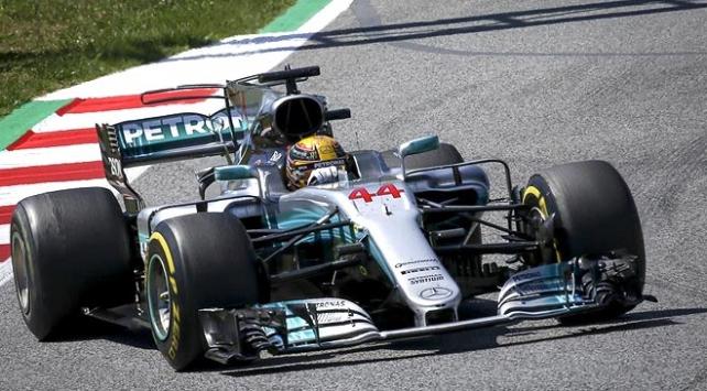 Formula 1 Singapur GPde zafer Hamiltonın