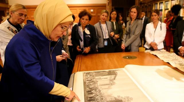 Emine Erdoğan, New York Public Libraryyi ziyaret etti