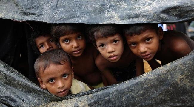 Bangladeşe sığınan Arakanlıların sayısı 429 bine yükseldi