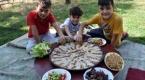 """Arnavutların asırlık lezzeti: """"Fliya böreği"""""""