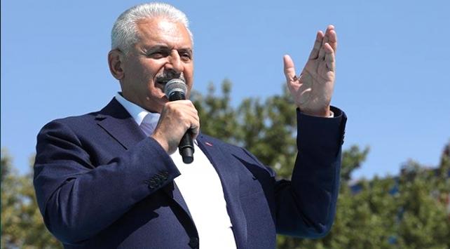 Başbakan Yıldırım: Barzaninin anlayacağı dilden konuşmasını biliriz