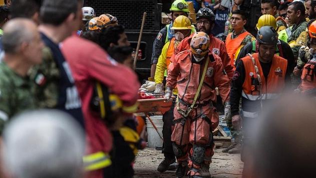 Meksikadaki depremde ölenlerin sayısı 295e yükseldi