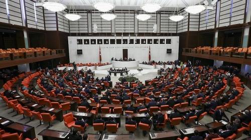 Irak ve Suriye tezkeresi TBMMde kabul edildi