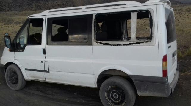 Ağrıda teröristler minibüse ateş açtı: 3 ölü