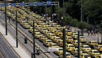Yunanistan'da Taksiciler Polise Saldırdı