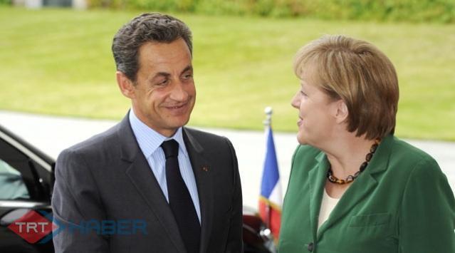 ABde Gözler Sarkozy ve Merkelde
