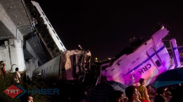 Slovenyada Tren Kazası: 32 Yaralı