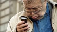 Yaşlılara Özel Akıllı Telefon