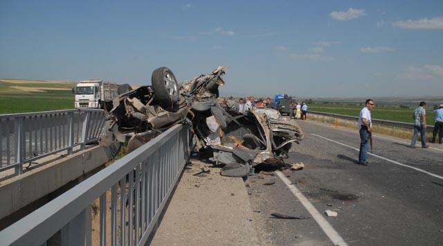 4 Öğretmen Trafik Kazası Kurbanı
