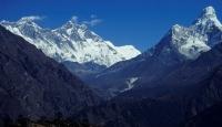 73 Yaşındaki Kadın Everest'e Tırmandı