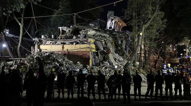 Meksikadaki depremde ölü sayısı 325e yükseldi