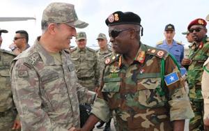 Genelkurmay Başkanı Orgeneral Akarın Somali ziyareti