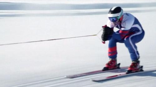 Emekli kayakçıdan dünya rekoru
