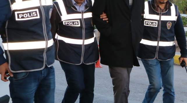 26 ilde FETÖ operasyonu: 34 gözaltı