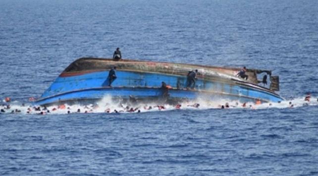 Endonezyada balıkçı teknesi alabora oldu: 10 kişi kayıp