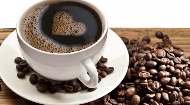 Kahve tiryakilerine müjde! Zayıflatıyor