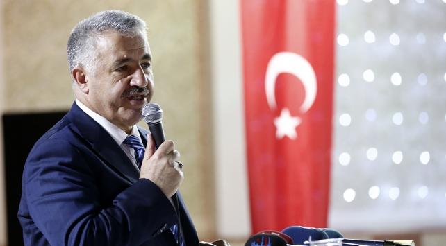 Banliyö hatları Ankarada bu yıl, İstanbulda 2018de açılacak
