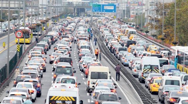 Trafiğe kayıtlı araç sayısı 22 milyona dayandı