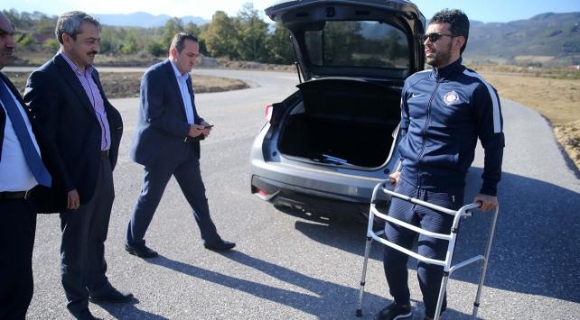 Sofuoğlu, Düzcede yeni yapılan yarış pistini inceledi