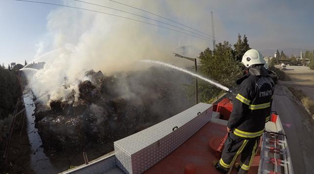 Kağıt ve ambalaj fabrikasında yangın