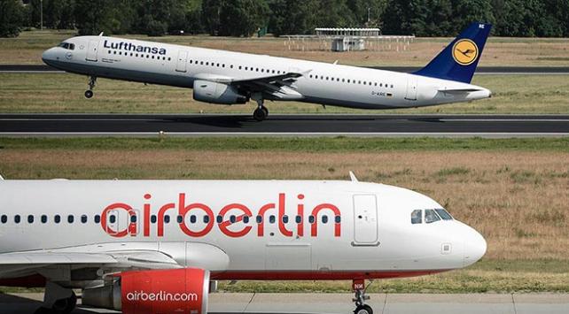 Lufthansa, Air Berlinin büyük bölümünü satın alıyor