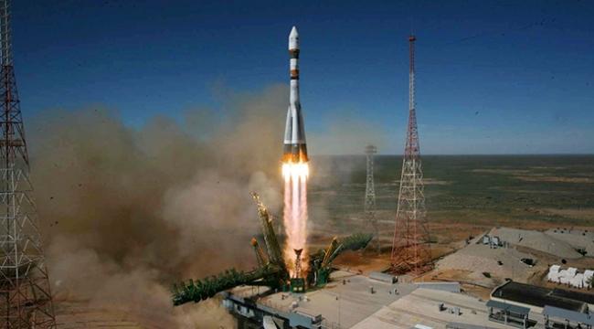 Soyuz 2-1a roketinin fırlatılması ertelendi
