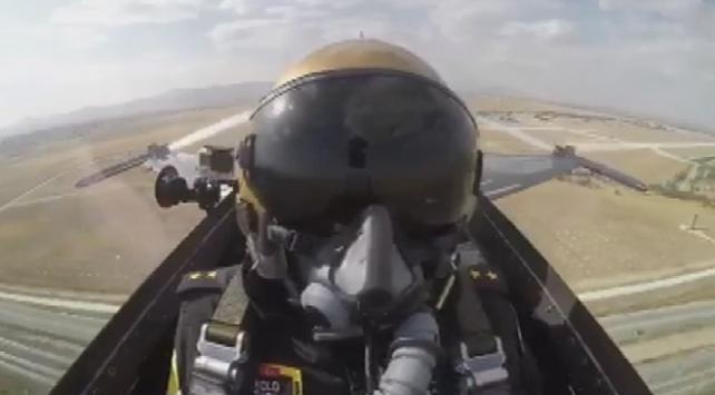 SOLOTÜRK pilotunun ilgi gören görüntüleri