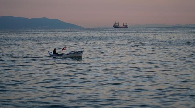 Balıkçılar umutlarını istavrit ve lüfere bağladı