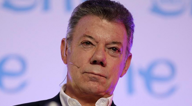Santostan Venezuelalılara oy verin çağrısı